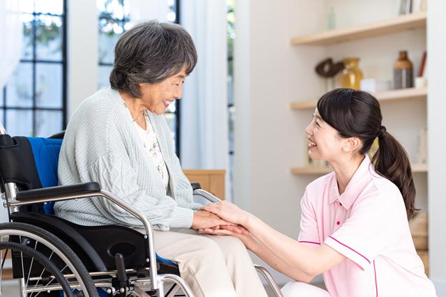 介護士不足と行政の人材確保対策!