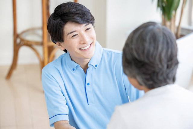 介護士には男性の需要が確実に増大