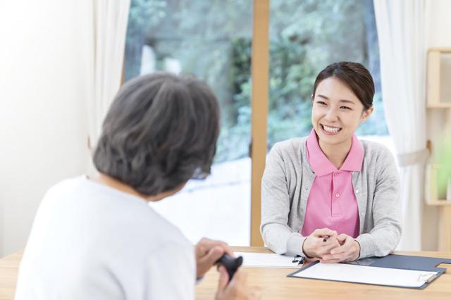 多忙な介護士を志す方に必須の自己メンタルケア