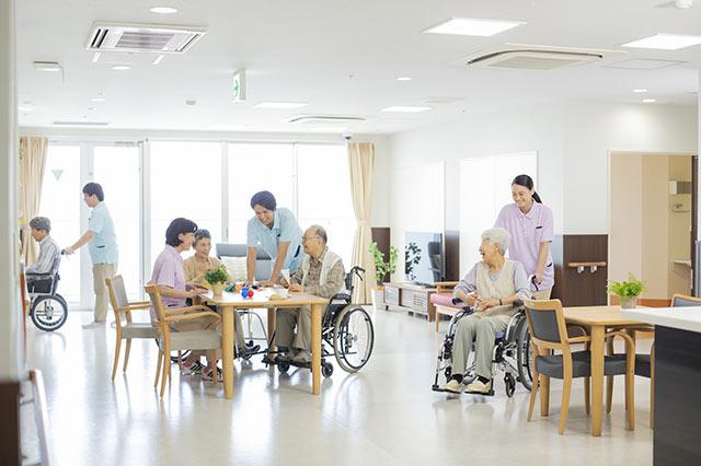 介護の職場での人間関係・改善方法